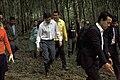 นายกรัฐมนตรี ตรวจเยี่ยมจุดดินถล่ม ณ หมู่ที่ 7 ตำบลหน้า - Flickr - Abhisit Vejjajiva (2).jpg