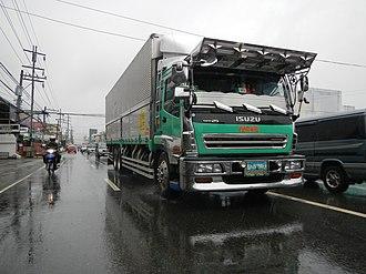 Isuzu Giga - Image: 02151jf Bernardo District Highway Cabanatuan City Nueva Ecijafvf 22