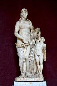 0 Venere Fenice - Museo Pio-Clementino.JPG