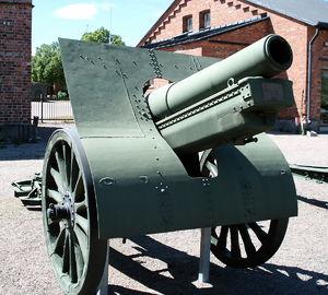 152 mm howitzer M1909/30 - M1909/30 in Hämeenlinna Artillery Museum, Finland