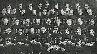 1922 Iowa Hawkeyes football team - Image: 1922 Iowa Hawkeyes (team picture)