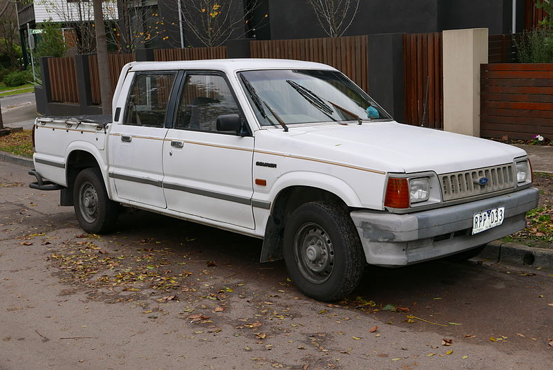 1990 Ford Courier (PC) 2WD 4-door utility (2015-07-03).jpg