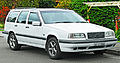 1996-1997 Volvo 850 AWD station wagon (2011-11-18) 01.jpg