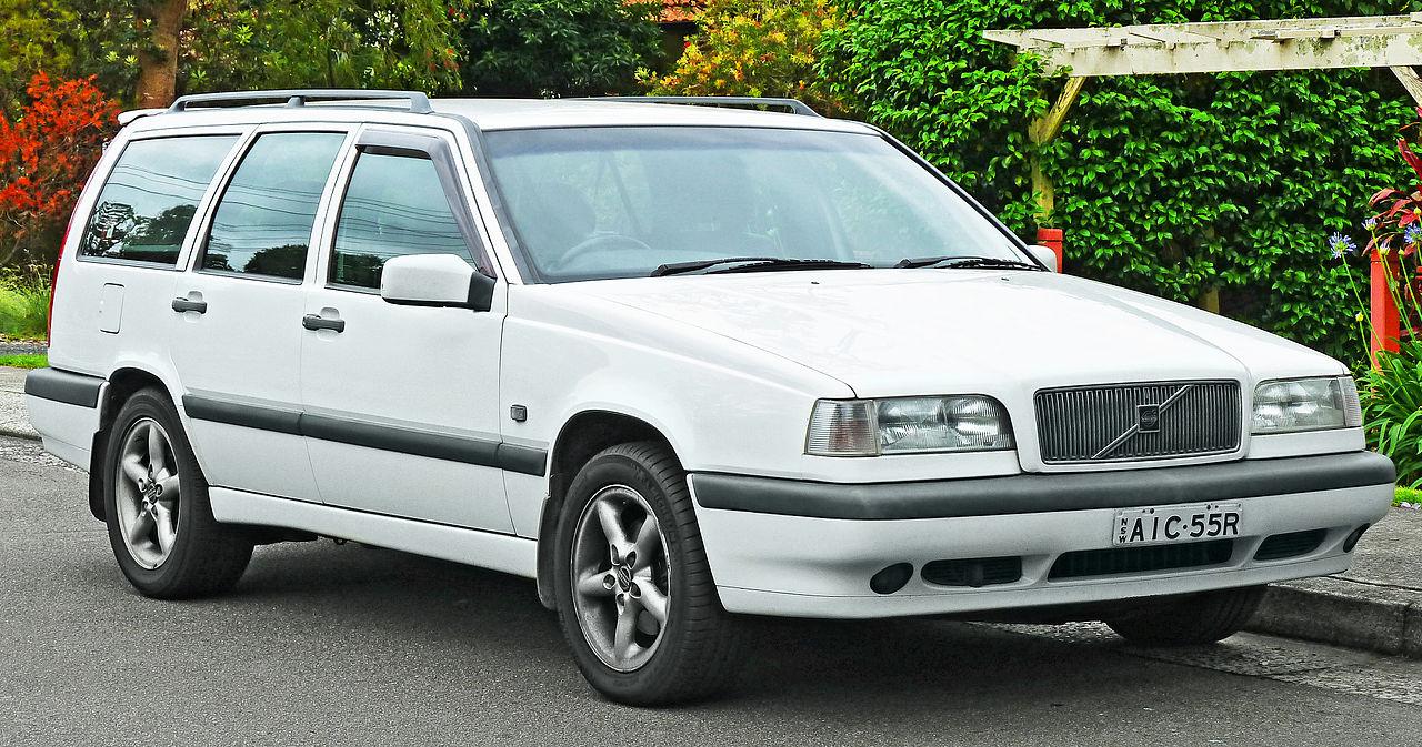 File 1996 1997 volvo 850 awd station wagon 2011 11 18 01 jpg
