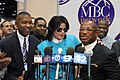 2003 Michael Jackson at The Cable Show (29358712934).jpg