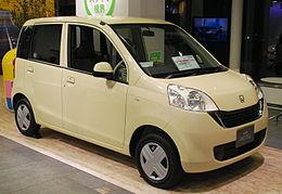 2008 Honda Life 04.jpg