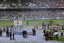 2009 AFL Grand Final trophy presentation.jpg