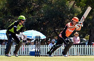 2016–17 Women's Big Bash League season - Nicole Bolton on her way to top scoring with 53 for Perth Scorchers against Sydney Thunder at Lilac Hill Park, Perth, on 21 January 2017.  The wicketkeeper is Alex Blackwell.