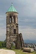 2016 Kutaisi, Katedra Bagrati, dzwonnica.jpg