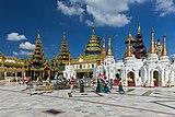 2016 Rangun, Pagoda Szwedagon (087).jpg
