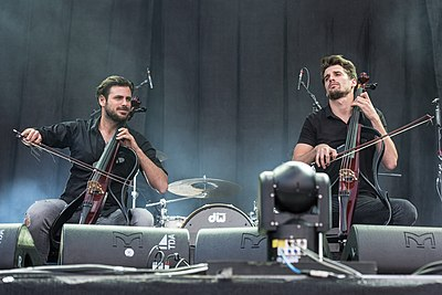 Picture of a band or musician: 2cellos