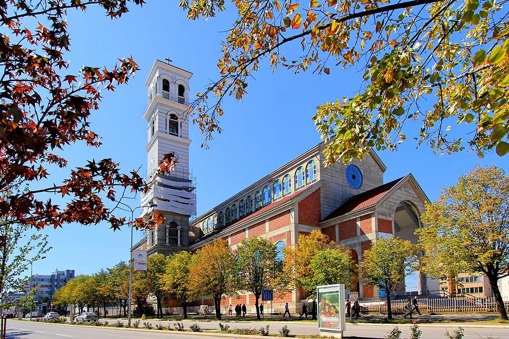 34 Prishtënë - Katedralja.jpg