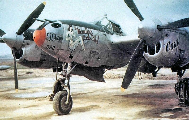 File:392d Fighter Squadron Lockheed P-38G-10-LO Lightning 42-12982.jpg
