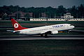 407cp - Turkish Airlines Boeing 737-400, TC-JDF@TXL,07.05.2006 - Flickr - Aero Icarus.jpg