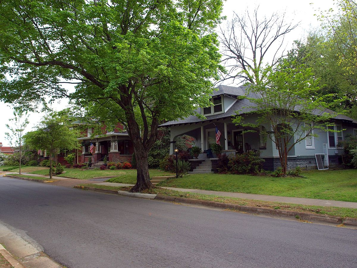 Homes Near Neal City