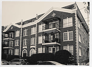 National Register of Historic Places listings in Fulton County, Georgia - Image: 61 16th Street Apartment Building, Atlanta, GA