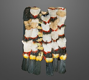 Shuar - Tunic in toucan feather MHNT
