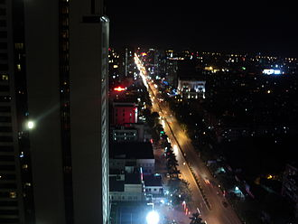 Vinh - A street in Vinh by night
