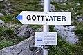 Abzweigung Eisernes Törle, Großer Valkastiel, Gottvaterspitze.JPG