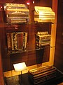 Accordions in the Musical Instrument Museum, Brussels - IMG 4020.JPG