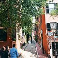 Acorn Street in Beacon Hill.jpg