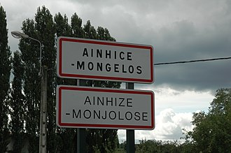 Ainhice-Mongelos - Sign at the entrance of the village