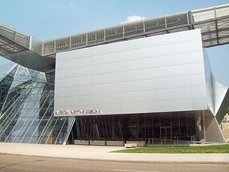 Akron Art Museum - Image: Akron Art Museum 2009