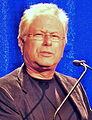Alan Menken 2013 (cropped).jpg