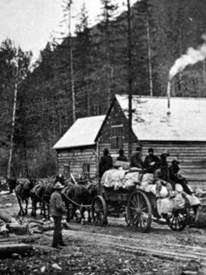 Alaska Road Commission - ARC workers on the Valdez-Eagle trail, ca. 1913