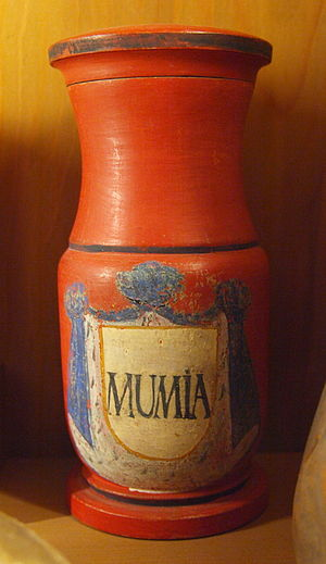 Mummia - Apothecary vessel of the 18th century with inscription MUMIA