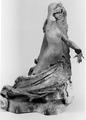 Andrea Malfatti – Figura allegorica femminile appoggiata a un muro.tif