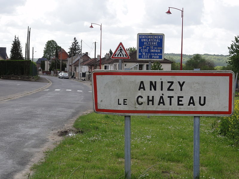 Anizy-le-Château (Aisne) city limit sign