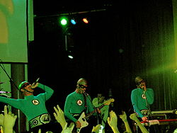 gli Aquabats durante una performance a Pittsburg nel 2005