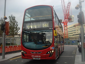 Arriva HW4 on Route 141, London Bridge.jpg