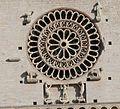 Assisi San Rufino - Fensterrose Mitte.jpg