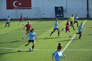 Marmara Üniversitesi Spor - Marmara Üniversitesi Spor (in blue/black kit) at away match against Ataşehir Belediyespor in the 2013–14 season.