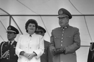 Lucía Hiriart - Lucia Hiriart and Augusto Pinochet