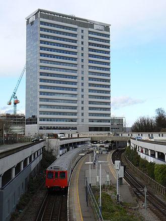 Gunnersbury - Image: BSI building Gunnersbury 312