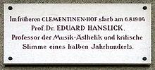 Gedenktafel an der Fassade Kaiser-Franz-Ring 12, Baden bei Wien[Anm. 1] (Quelle: Wikimedia)