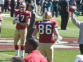 Bajema & Jennings on field pregame at Eagles at 49ers 10-12-08.JPG