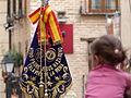 Banda, niña y bandera, Coronación de la Virgen de la Estrella, Toledo, España, 2015.JPG
