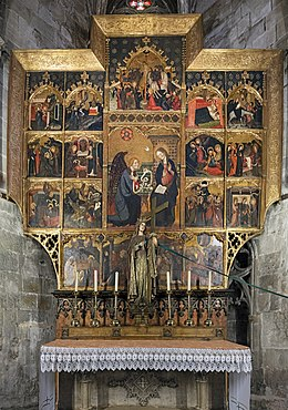 Barcelona Cathedral Interior - Chapel of saint Helena - Altarpiece dedicated to Saint Gabriel by Lluís Borrassà.jpg