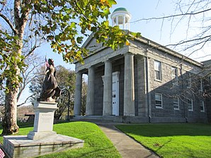 Das Barnstable County Courthouse, gelistet im NRHP