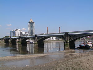 Battersea Railway Bridge - Image: Battersea Rail Bridge