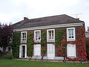 Bazoches-sur-Guyonne - Town hall