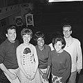 Belgische zangploeg te Knokke, v.l.n.r. Maurice Dean , Tonia, Liliane, Cecily Fo, Bestanddeelnr 917-9560.jpg