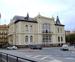 Bermeo casino edifice.JPG