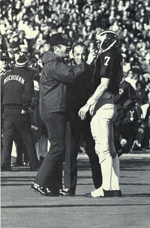 Rick Leach (baseball) - Leach (No. 7) with Bo Schembechler, 1975