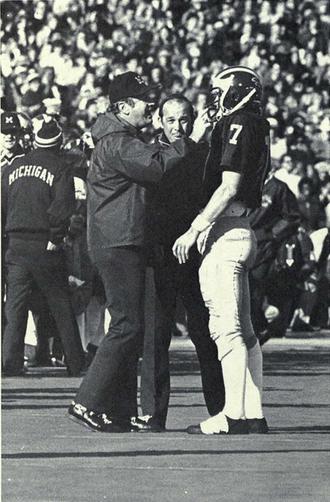 Rick Leach (baseball) - Leach (No. 7) with Bo Schembechler, 1975