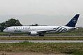 Boeing 767-35HER EI-DBP Alitalia (6655436969).jpg